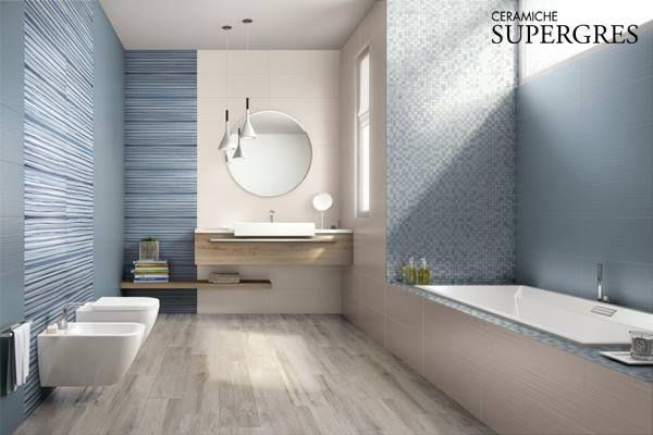 """Badkamer met """"keramisch"""" houtenvloer uit de Supergres collectie."""