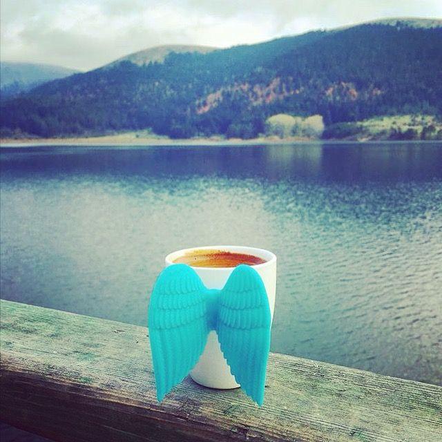 Huzura bakarken bir keyif kahvesi http://www.karincadesign.com/fincan-ve-kupa