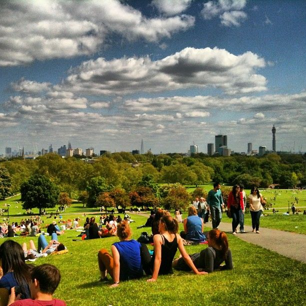 Osservare lo skyline di Londra da Primrose Hill