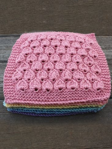 Free Knit Dishcloth Patterns Easy : 163 best images about knitted dishcloths on Pinterest Free pattern, Knit pa...