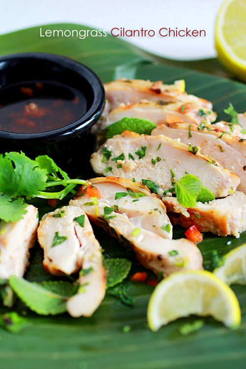 Lemongrass Cilantro Chicken: the aroma of lemongrass, the fragrance of cilantro leaves, and the sweet, savory, sour, and pungent dipping sauce equals a delicious dish. #ckicken #lemongrass