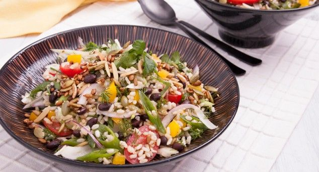 What a standout side dish! We love the textures in this Crunchy Brown Rice Salad from Phoodie (featuring our Black Beans, of course).  #vegetarian #lunch #recipe