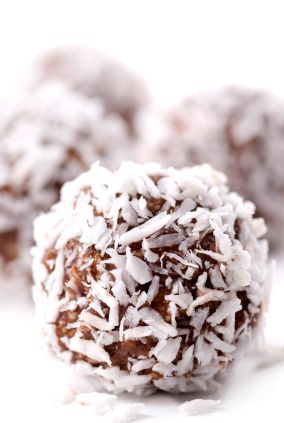 Nepečené kokosové kuličky