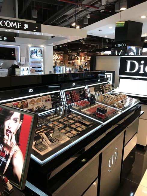 Arquitectura comercial de alta gama – Dior – Unicenter – Estudio Birka