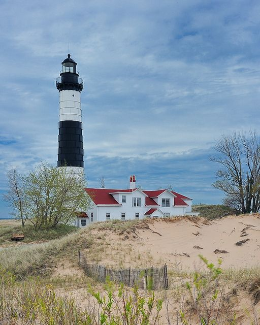 Big Sable Point Lighthouse (Ludington Michigan) by Michigan Nut on flickr