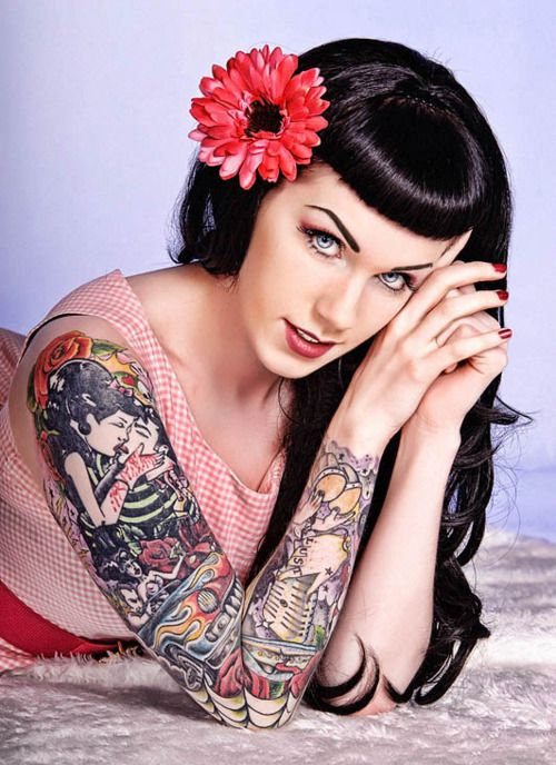 185 best images about 50 39 s pin up girl tattoos on pinterest rockabilly gwen stefani and pin - Tattooed pin up models ...