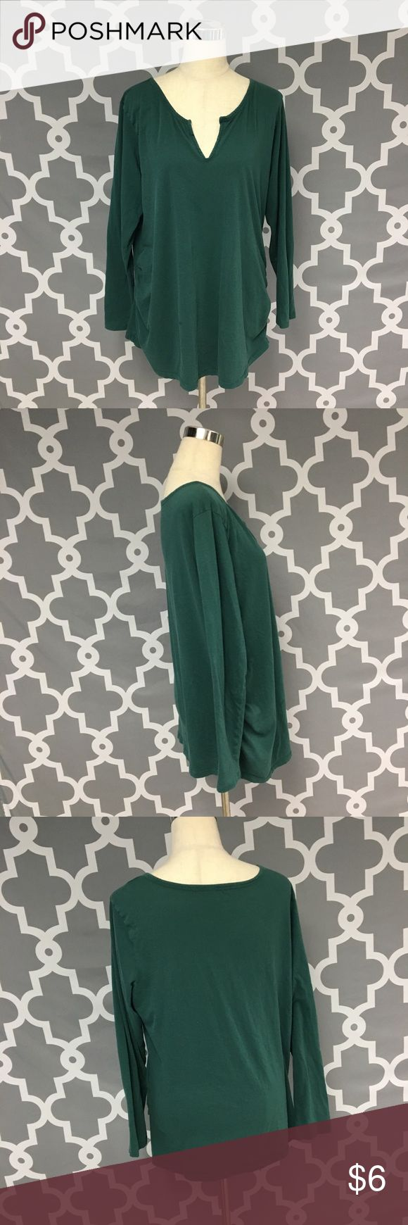 Old Navy Maternity Top Old Navy Maternity green long sleeve top women's maternity size XL good used condition one stain on front of top as pictured   🔘Measurements:       Pit to Pit: 22.5 inches       Shoulder to Hem: 30 inches                              Inventory:    ⭐️ 15% Off All Bundles! 🛍    💞Thanks for stopping by! 😘 Old Navy Tops