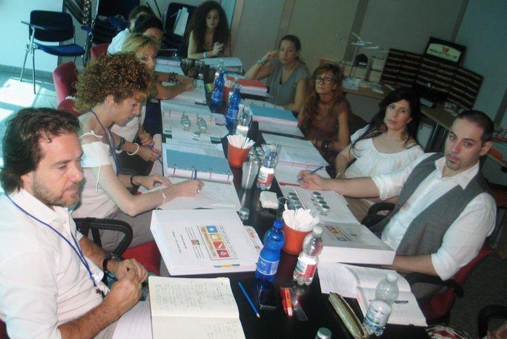 Week 2 Day 5 - le sessioni tecniche e marketing si riuniscono per un laboratorio di controllo qualità e store check