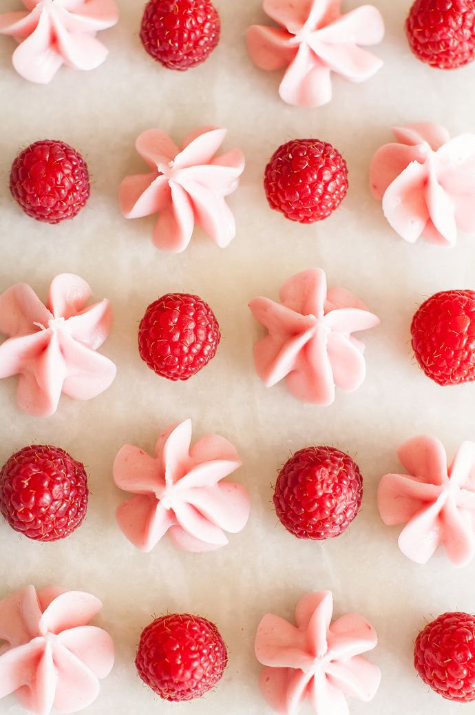 Bite-Size Raspberry Candy Melts Recipe — only five ingredients and so cute! via @followcharlotte