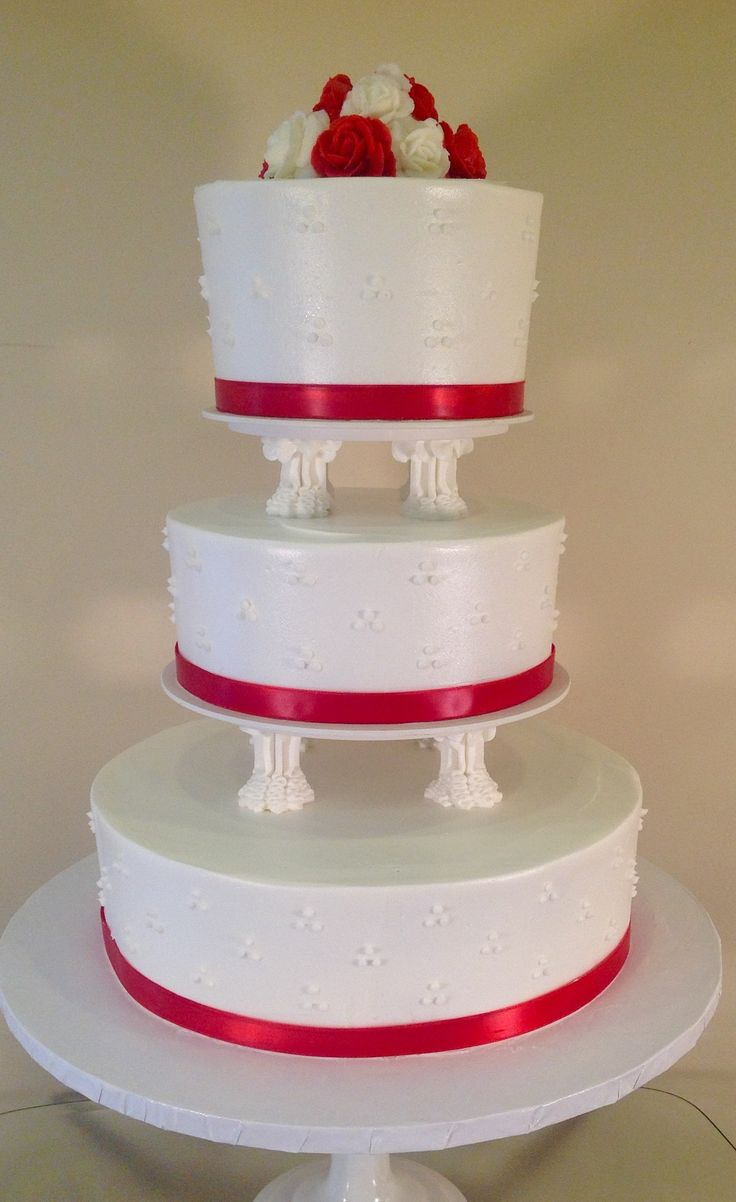 wedding cakes with columns three tier white topping wedding cake with columns 26007