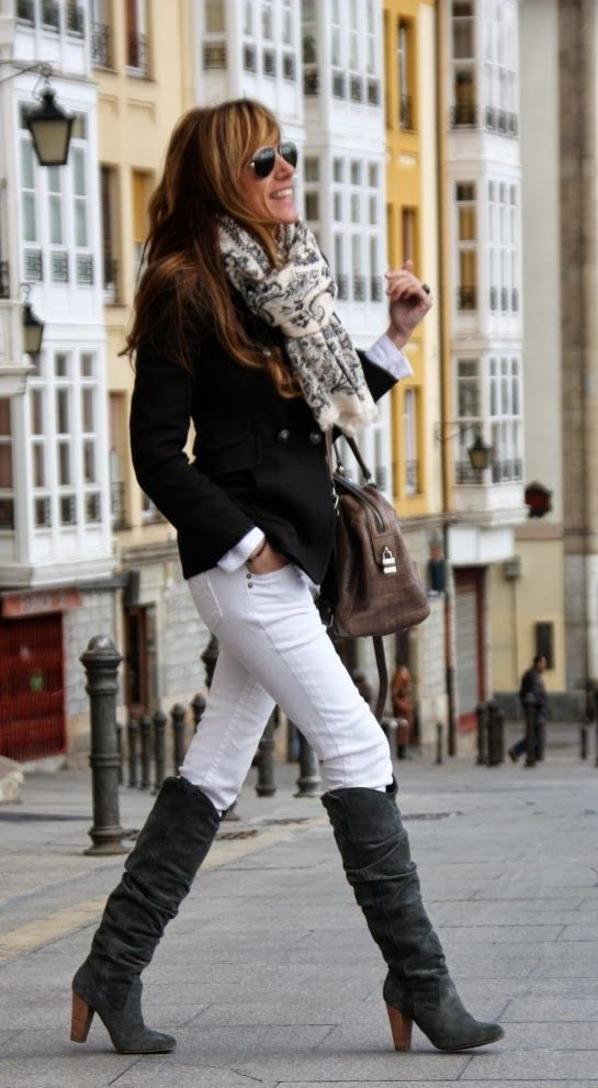 Gorgeous winter street style fashion in black and white