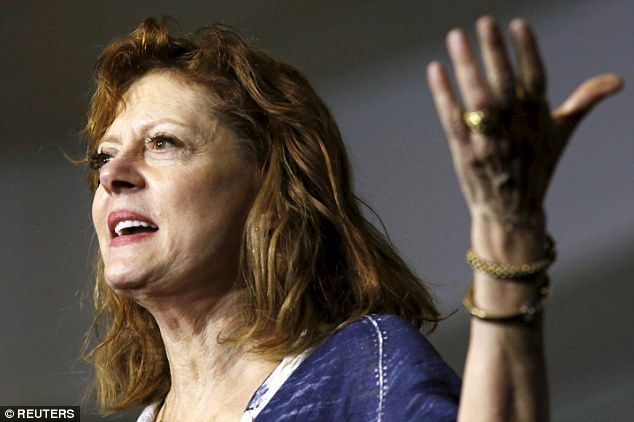 Susan Sarandon suggested tonight that Pennsylvania could be plagued with the same problems as New York in tomorrow's primary and urged Bernie Sanders supporters to come prepared