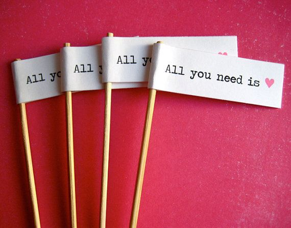 <3 is all you needCrafts Ideas, Drinks Stirrers, Cupcakes Toppers, Projects Ideas, Wedding Cupcakes Flags, Diy Cupcakes, Service Ideas, Cupcake Toppers, Cupcakes Rosa-Choqu