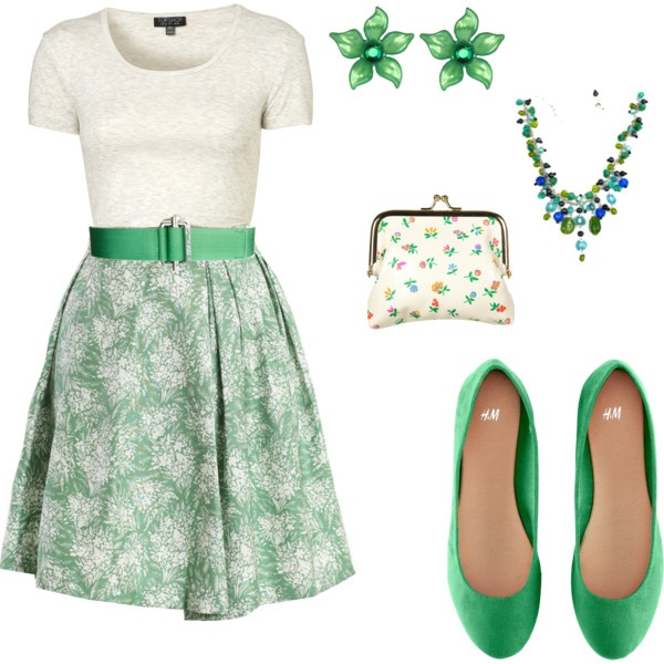 Summer garden party dress. This look combines style and comfort, perfect for an outdoor summer party.