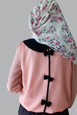 muslim fashion magazine abayatrade.com   bows at the back