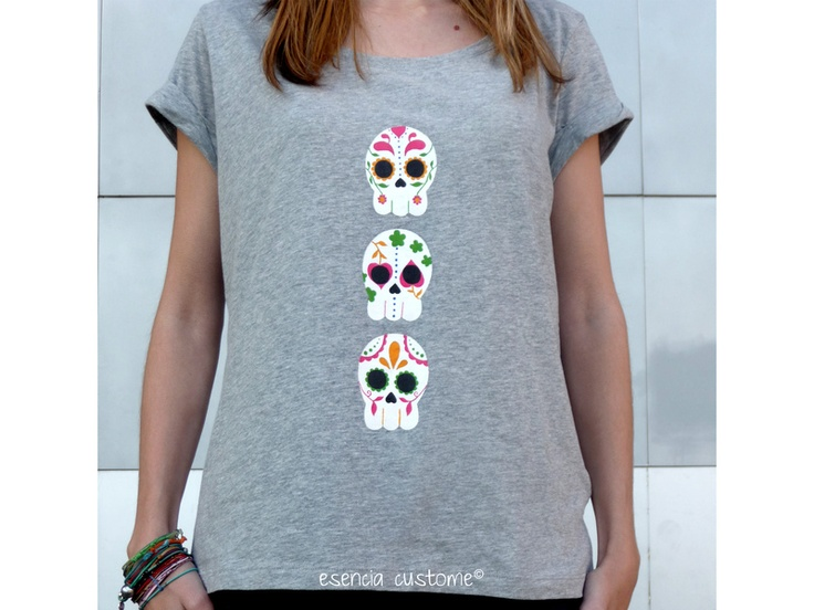 Camiseta pintada a mano calavera mejicana - Hand painted t-shirt skulls