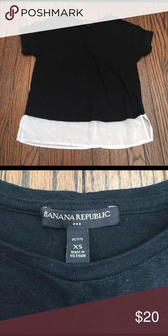 Banana Republic Top Black and white banana Republic short sleeve Top Banana Republic Tops