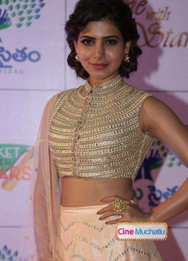 Samantha Photos At Memu Saitham Dinner