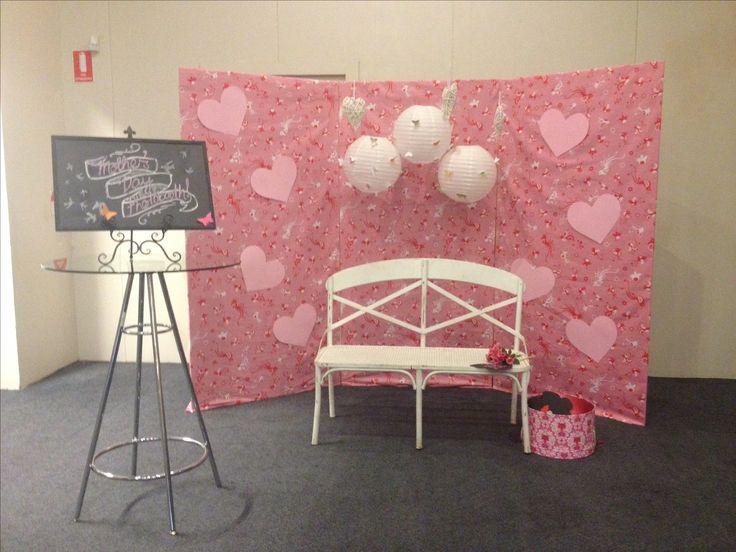 Mother's Day photo booth pink