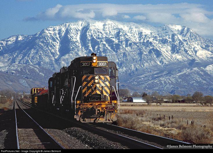 RailPictures.Net Photo: DRGW 3007 Denver & Rio Grande Western Railroad EMD GP30 at American Fork, Utah by James Belmont