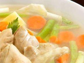 Sayur Sop Bening - Panduan cara membuat video resep sayur sop bening daging sapi bakso ceker ayam makaroni telur puyuh asli sajian sedap paling enak bisa anda baca disini.