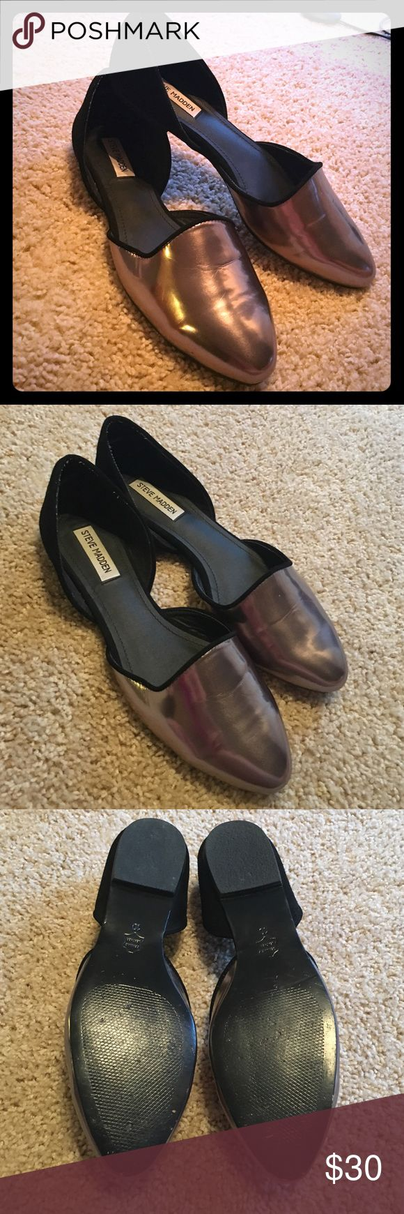 Steve Madden shoes Steve Madden metallic silver and black suede loafer.. only worn a handful of times.. the left shoe has a tiny white spec on it that would probably come off with the proper cleaning supply 🙂 very comfy and stylish! Steve Madden Shoes Flats & Loafers