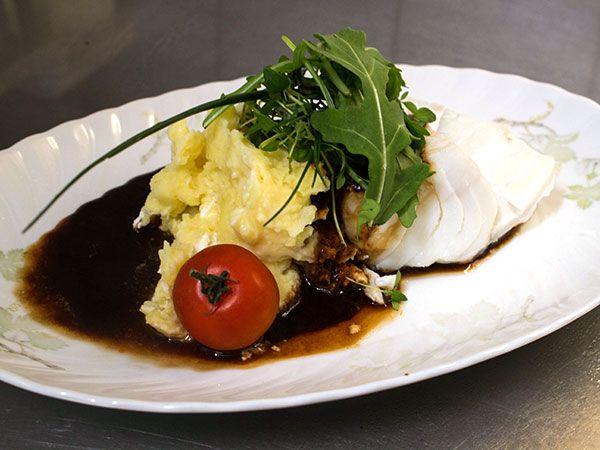 Torskrygg med chèvremos och rödvinssky | Recept från Köket.se
