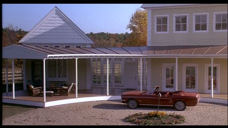"Steve Martin's Yellow House in the Movie ""Housesitter ..."