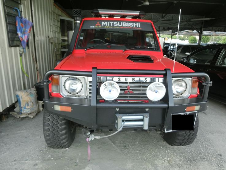 442 best mk1 gen 1 pajero montero galloper raider for Garage mitsubishi paris