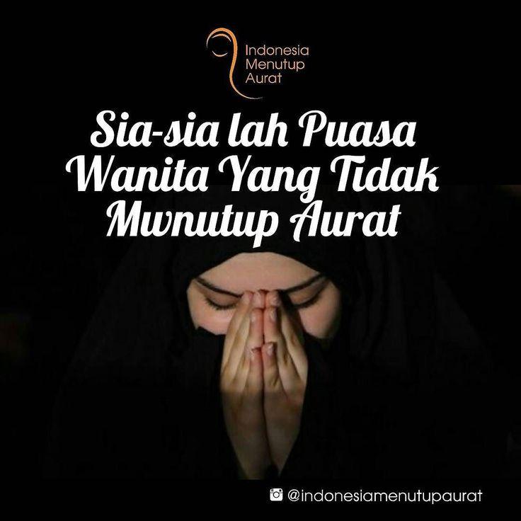 PUASA WANITA TIDAK BERJILBAB TIDAK DITERIMA. Benarkah? .  Ustadz Ammi menjawab: Kita meyakini amal soleh di bulan ramadhan pahalanya dilipat gandakan. Dan kita juga perlu sadar bahwa perbuatan maksiat yg dilakukan manusia di bulan ramadhan dosanya juga dilipat gandakan. .  Orang yg melakukan maksiat di bulan Ramadhandia melakukan dua kesalahan. Pertamamelanggar larangan Allah. Keduamenodai kehormatan Ramadhan dgn maksiat yang dia kerjakan. Rasulullah memberi ancaman keras orang yg masih…