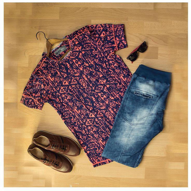 Una combinación que defina tu actitud!  #TendenciasFashionmen #MensClothes #StreetStyle #Fashionmen #fashion #style #stylish #pants #shirt #handsome #cool #guy #boy #boys #man #tshirt #styles #jeans #fresh #Colombia #Medellin