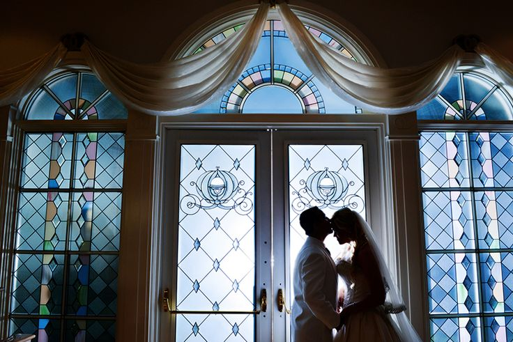 Fall in love with Chris and Beckie's glamorous ceremony at Disney's Wedding Pavilion