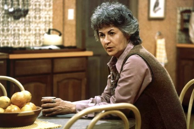 Maude bea arthur | 19 TV Shockers: 'Game of Thrones' and 'Walking Dead' to 'Pretty Little ...