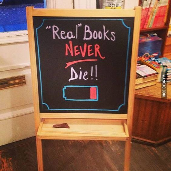 11 funny memes for lovers of print books.