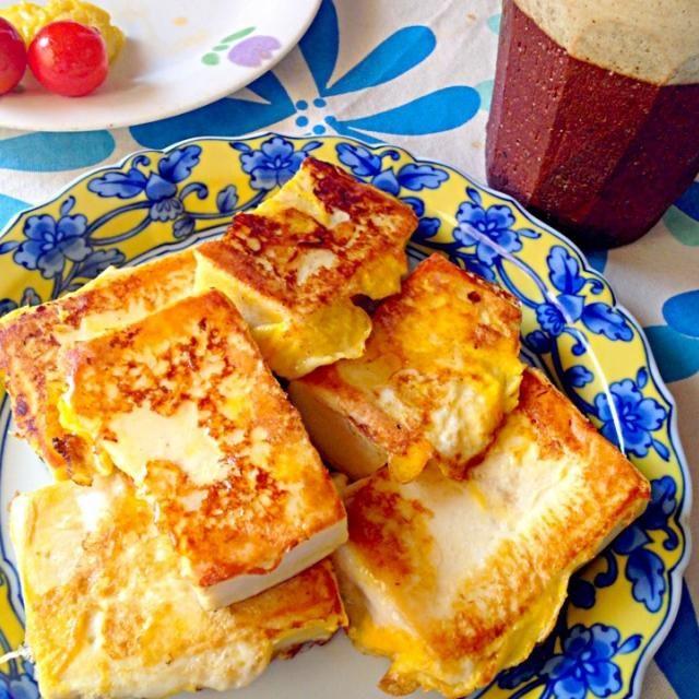 今日は中学、高校、病院の忙しい一日。 糖尿病の検診なので 朝ごはんは糖質制限で - 18件のもぐもぐ - 糖質制限の高野豆腐フレンチ by mari miyabe