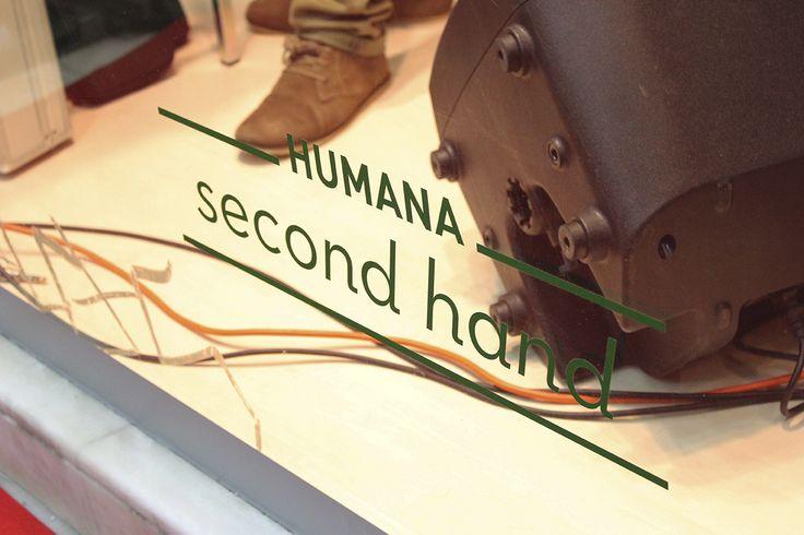 A Associação Humana Portugal acaba de abrir a sua primeira loja no Porto, com roupa em segunda mão e a preços bastante acessíveis. Fica na Rua Passos Manuel, 62.