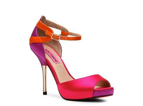81 best <3 Shoe Love <3 images on Pinterest | Zapatos, Shoe and Footwear