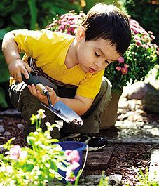 how to grow a gardener help ground kids by passing on your love of gardening