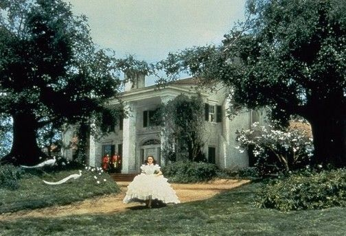Google Image Result for http://www.sanfranciscosentinel.com/wp-content/uploads/2007/07/vivien_leigh___gone_with_the_wind.JPG