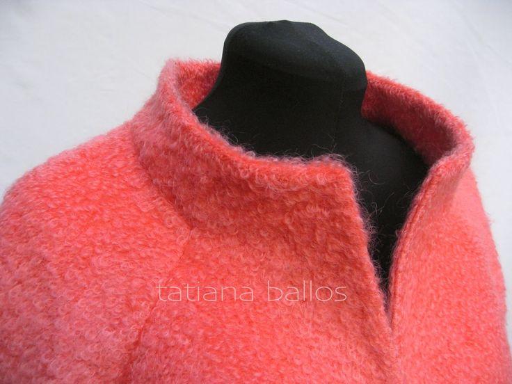 Tatianologia: Обработка воротника-стойки цельнокройной с центральной частью полочки при рукаве реглан.