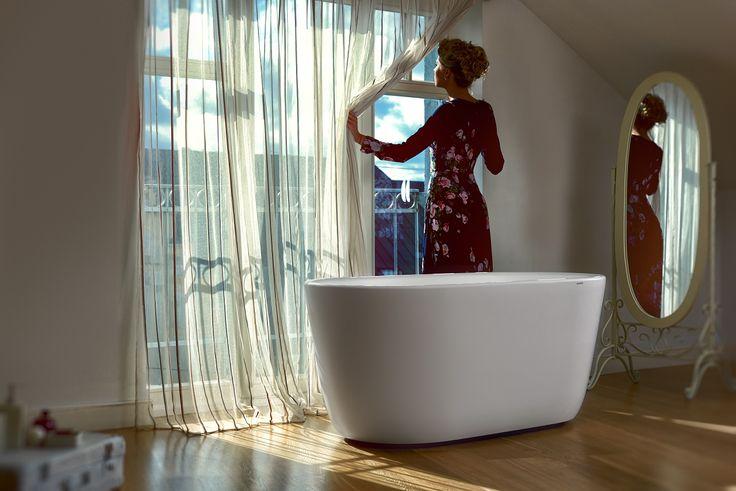 Lullaby, la piccola vasca da bagno freestanding Aquatica in pietra AquateX