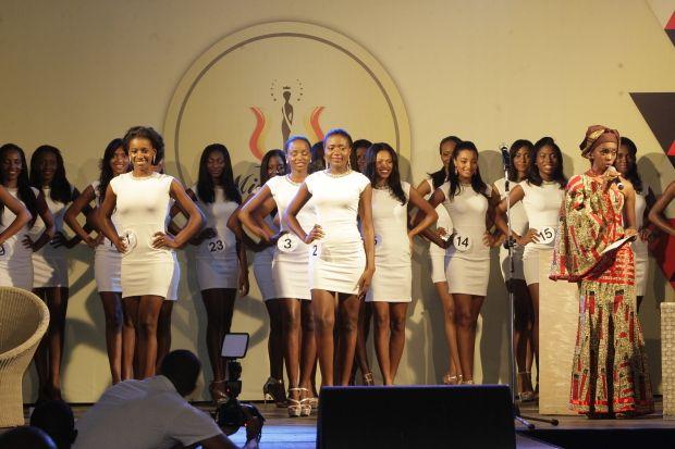 """Mulher mais bela do país """"Miss Angola 2015"""" será eleita hoje  http://angorussia.com/entretenimento/fama/mulher-mais-bela-do-pais-miss-angola-2015-sera-eleita-hoje/"""