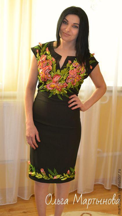 Платья с вышивкой лентами фото