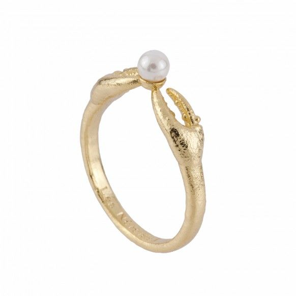 Crab's pincers and pearl ring