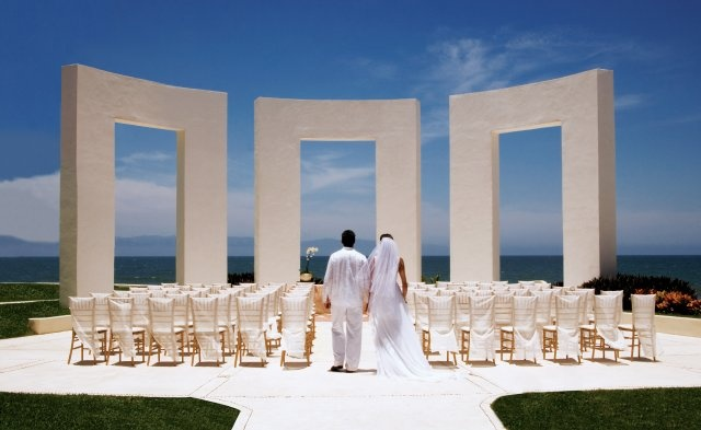 Grand Velas offers beautiful wedding environments for every imagination.