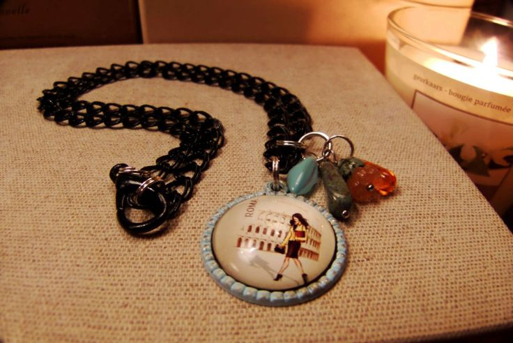 Patina pendant & zwarte ketting Italian made by Birdie & Tjechische glaskralen