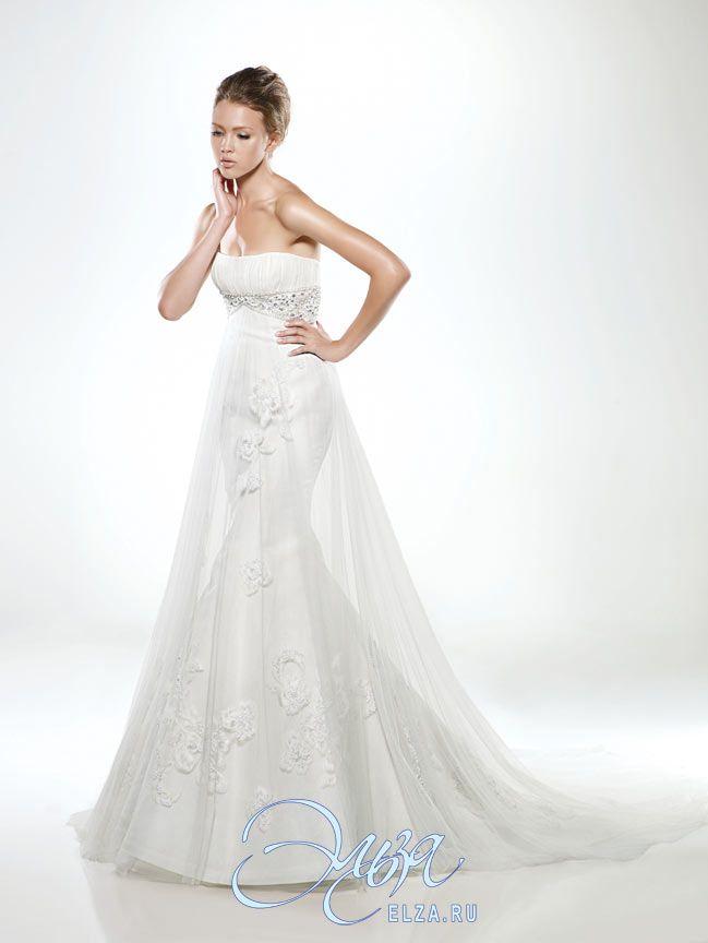 Cвадебное платье Dior (Диор): фасон годе (русалка, рыбка, трампет), длинное платье, с вогнутым вырезом, с непышной юбкой, со шлейфом, модель до 2016 года, без рукавов, платье, в ограниченном количестве, основная ткань: кружево, атлас