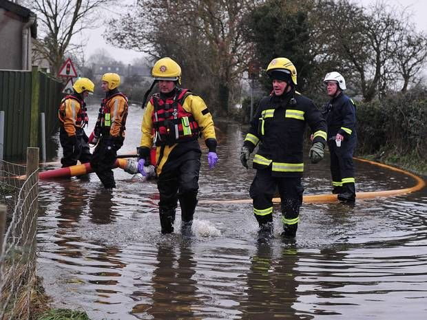 Cameron wants premium rate charges on floodline to be scrapped 'as quickly as possible' - THE INDEPENDENT #Cameron, #Flood, #UK