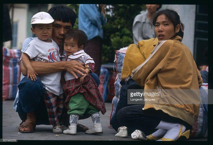 ニュース写真 : Voluntary return of Vietnamese boat people from...