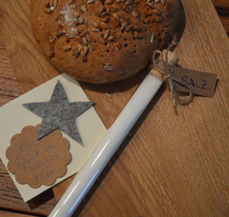 Viel gl ck im neuen heim diy geschenk zum einzug mit - Brot und salz gott erhalts ...